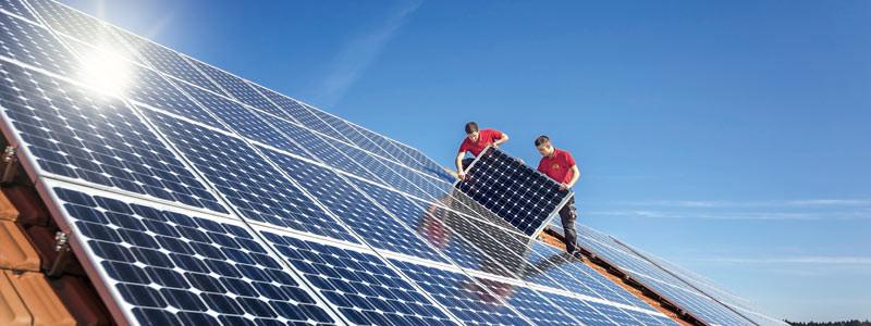 Montage Photovoltaikanlage